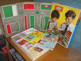 LEGO 810 Town Plan Set